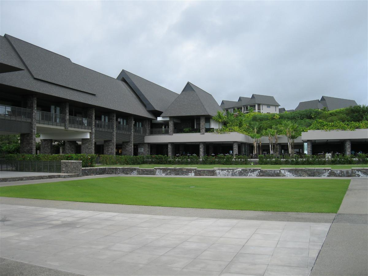intercontinental-fiji-view-of-the-lobby-building