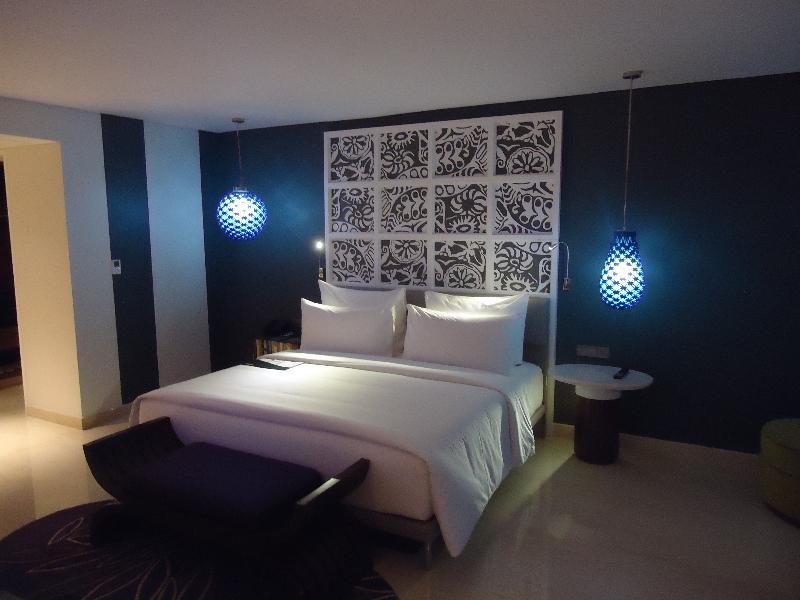 le-meridien-bali-jimbaran-studio-suite-123-bed-other-view