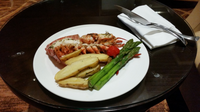 Fabulous Fridays Lobster Feast On Singapore Airlines Private Room