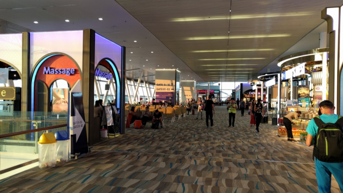 ff-hkt-new-airport-gates-more-shops