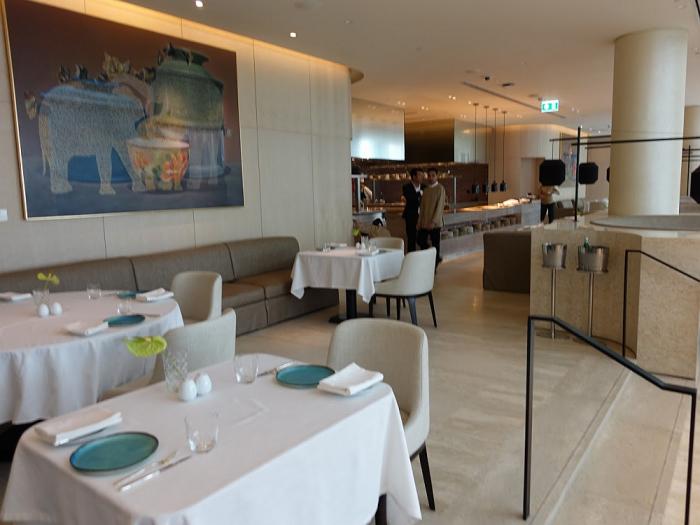 Park Hyatt Bangkok - Embassy Room - Dining Area