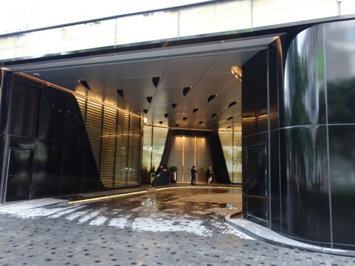 Park Hyatt Bangkok - Entrance - Car Entrance