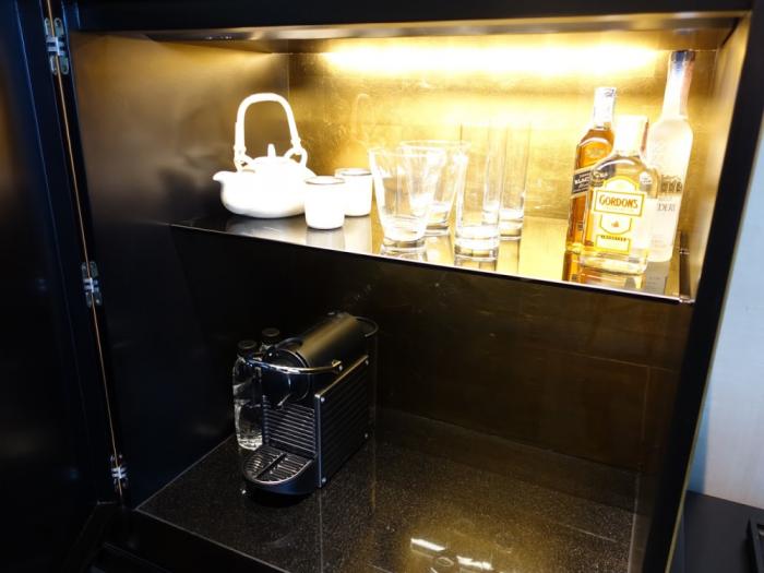 Park Hyatt Bangkok - Executive Suite 1616 - Coffee Machine & Alcohol Bottles